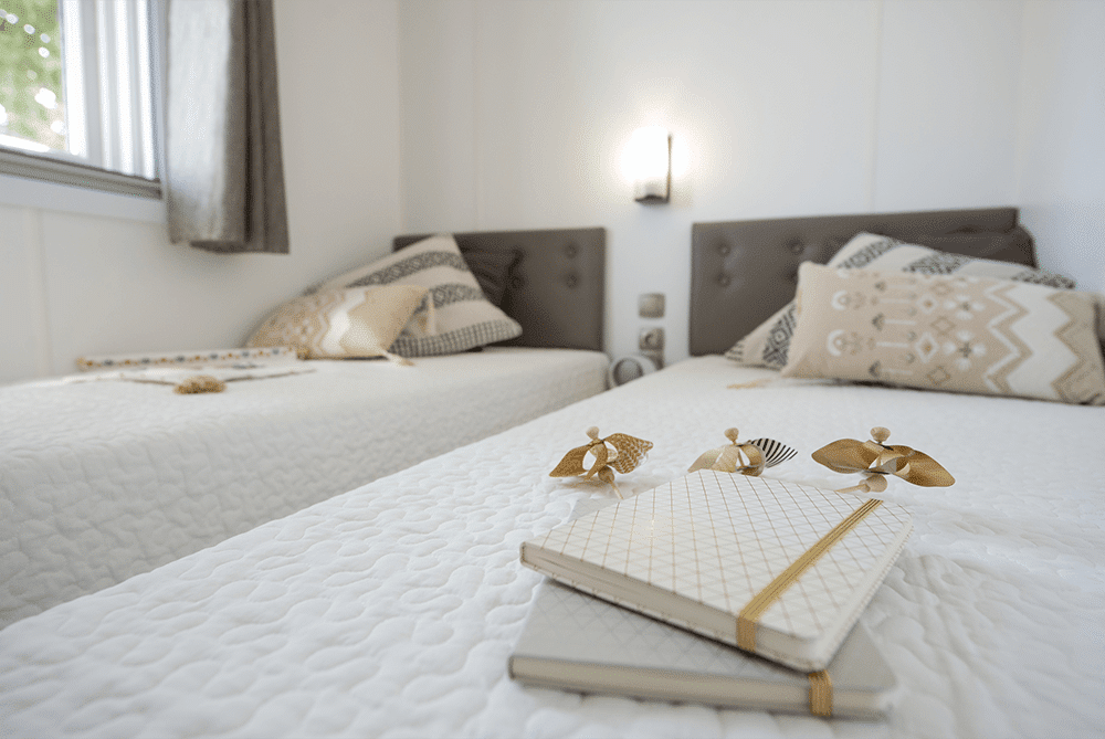 Testiera del letto imbottita case mobili BHI IRM